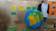 """Какво е общото между науката и изкуството и как един панаир може да ги обедини? Преди четири години Емилиян Колев, тогава ученик в 11 клас на ГПЧЕ """" Ромен […]"""