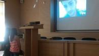 Десислава Стоева и Виолета Димитрова, 11а клас, за една Скайп среща в началото на учебната 2013-2014 г. Ростислав Димчев, от 11б клас, който спечели стипендия Дейвис на програма ASSISST, включваща […]