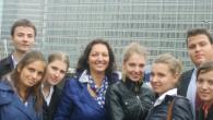 Проектът бе осъществен под патронажа на евродепутат госпожа Илиана Иванова в периода 2011 – 2013г. В него бяха обхванати 26 ученици от гимназията. Те избираха и планираха различи дейности, […]