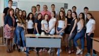 Днес подадохме финалния отчет по проект FuturEYEzing. Тук публикуваме разнообразните дейности по този двугодишен международен проект с 18 участници от гимназията и още по толкова техни връстници от Полша, Испания […]